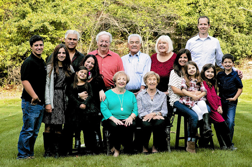 Extended Family Photography Sessions with Beth Duricky